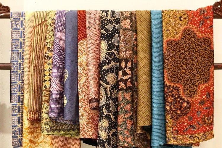 Cara Mencuci Kain Batik yang Benar, Supaya Nggak Cepat Luntur