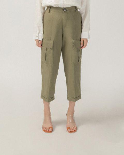 #PopbelaOOTD: Rekomendasi Celana Cargo dari Brand Lokal