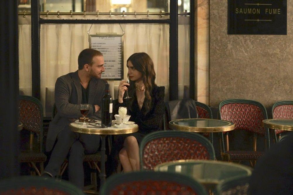 Bikin Hati Berdebar, Ini 5 Pelajaran Cinta a la Emily In Paris