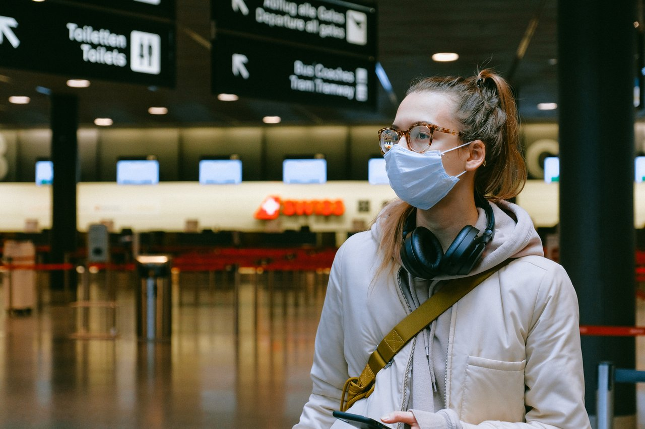 10 Hal yang Harus Kamu Perhatikan Ketika Bepergian Menggunakan Pesawat