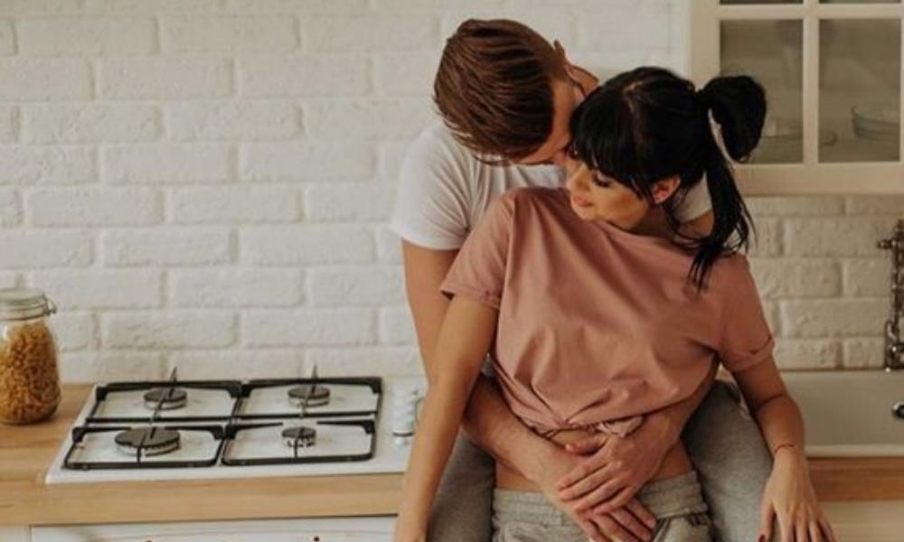 Agar Ciuman Makin Berkesan, Ini 11 Hal yang Perlu Diperhatikan