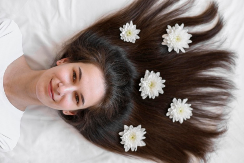 5 Cara Merawat Rambut Tipis Agar Tampak Memukau