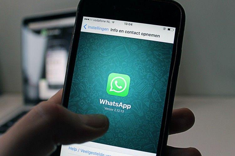 Jangan Panik Dulu, Lakukan Cara Ini Kalau WhatsApp Kamu Diretas!