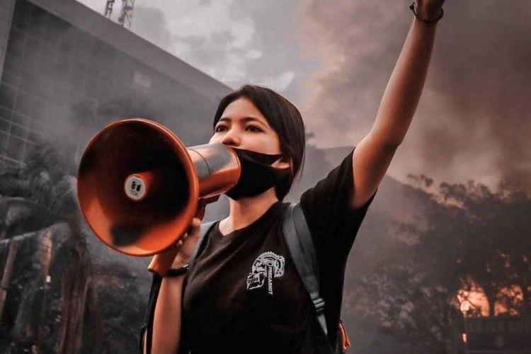 Akun Nabila Syadza Diretas, Ini Sosok Mahasiswi yang Orasinya Viral