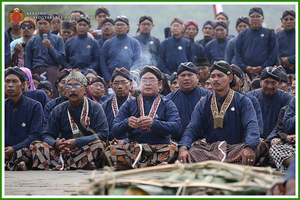 Deretan Pakaian Adat Yogyakarta yang Perlu Kamu Ketahui
