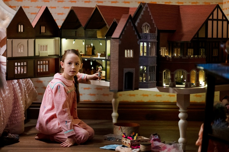 Inilah 9 Penampakan Lokasi Syuting The Haunting of Bly Manor