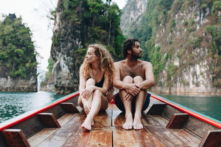 Hindari 5 Hal Ini Saat Kamu Merasa Insecure pada Pasangan