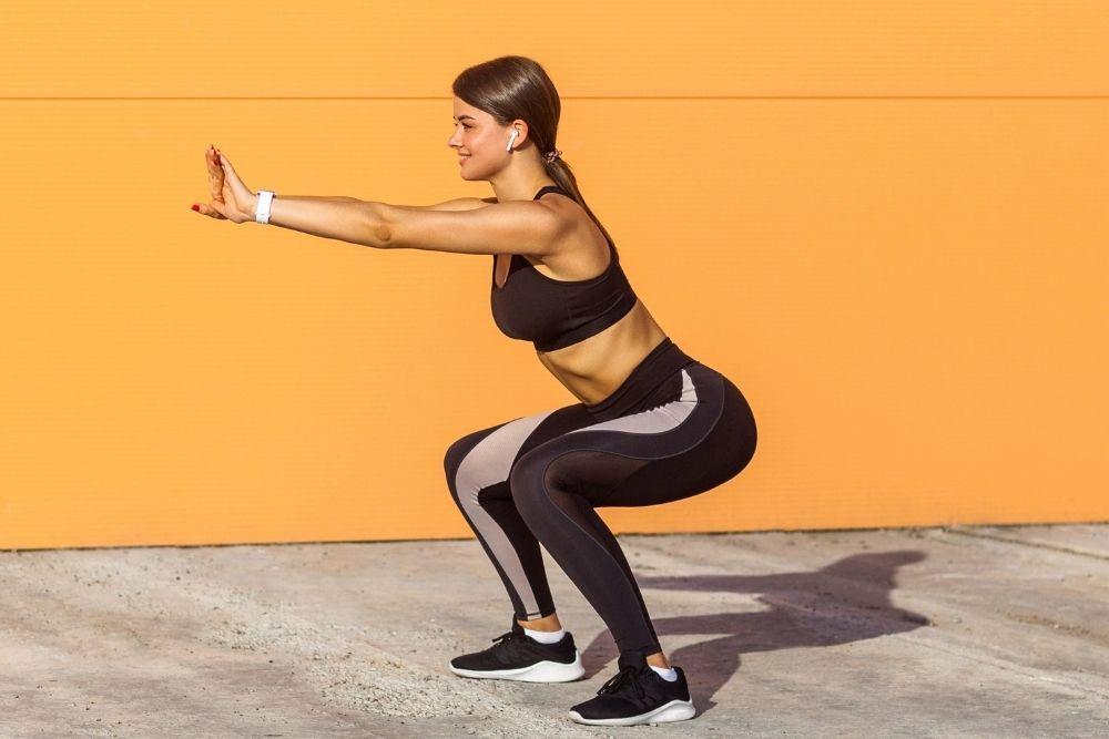 Efektif Mengecilkan Perut, Ini 7 Olahraga Ringan yang Wajib Kamu Coba