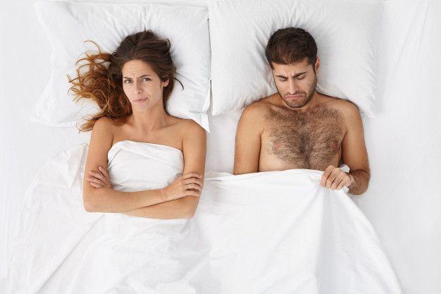 Ketika Hubunganmu Kurang Seks, Apa Artinya dan Mengapa Itu Terjadi?