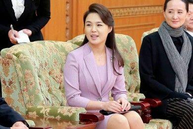 Potret Ri Sol Ju, Istri Kim Jong Un Cantik Bikin Damai