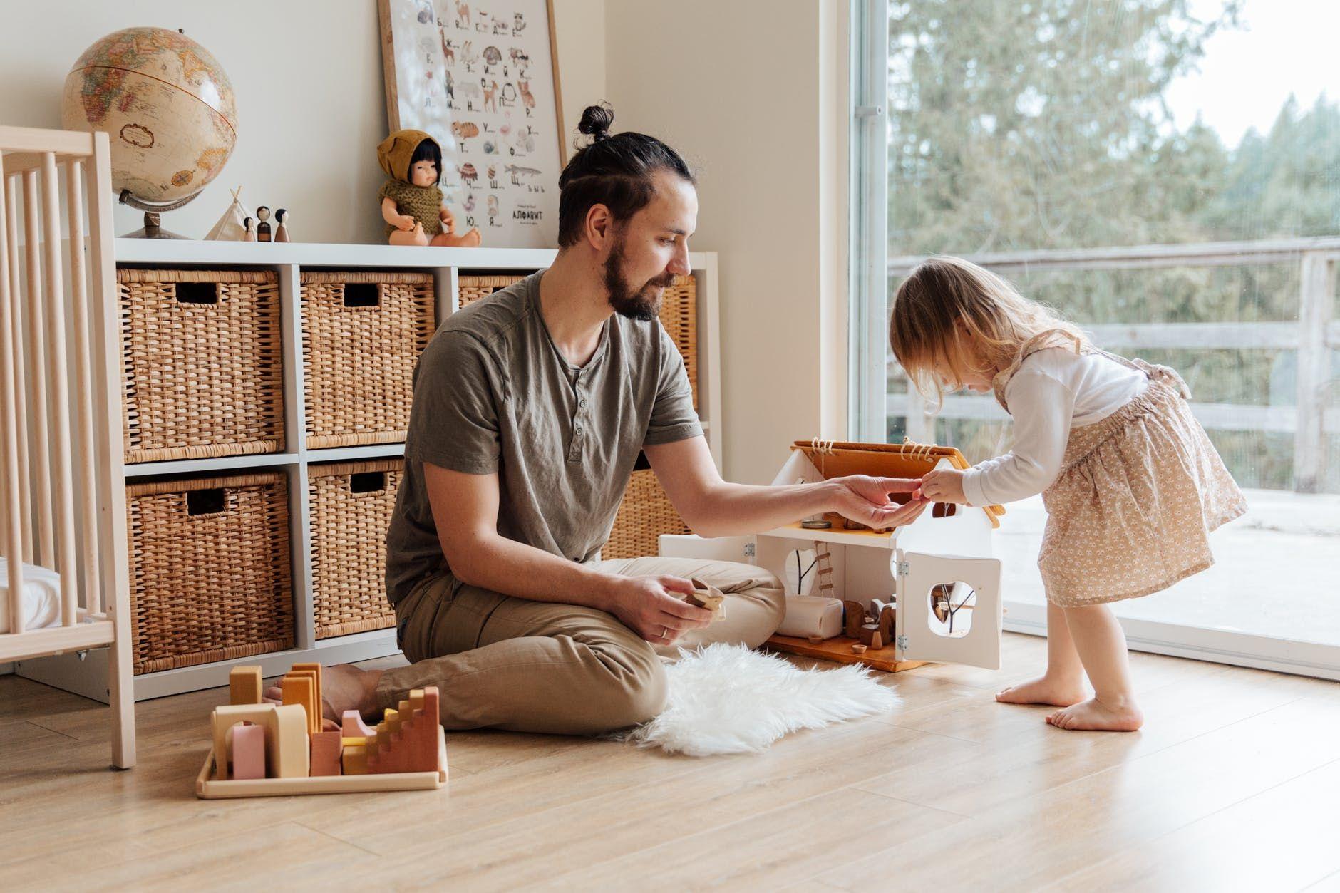 15 Ucapan Ulang Tahun untuk Ayah yang Bikin Hatinya Terkesan