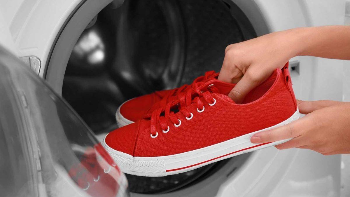 Cara Mudah Membersihkan Sneakers buat Kamu Anak Mager