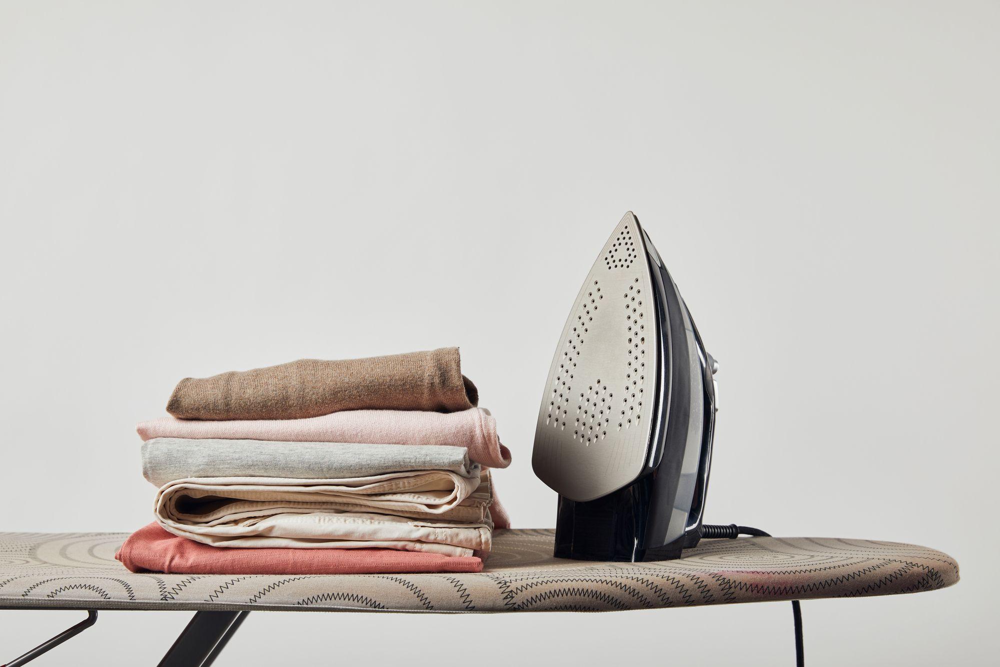 Jangan Asal Cuci, Ini Tips Merawat Underwear yang Benar