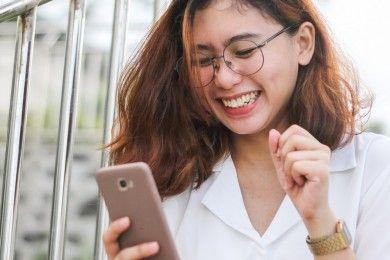 Cara Cari Jodoh Lewat Aplikasi Kencan Tips Aman Main Tinder