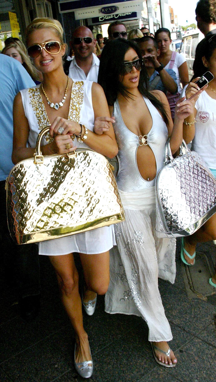Gaya Kompak Paris Hilton dan Kim Kardashian West, Dulu hingga Sekarang