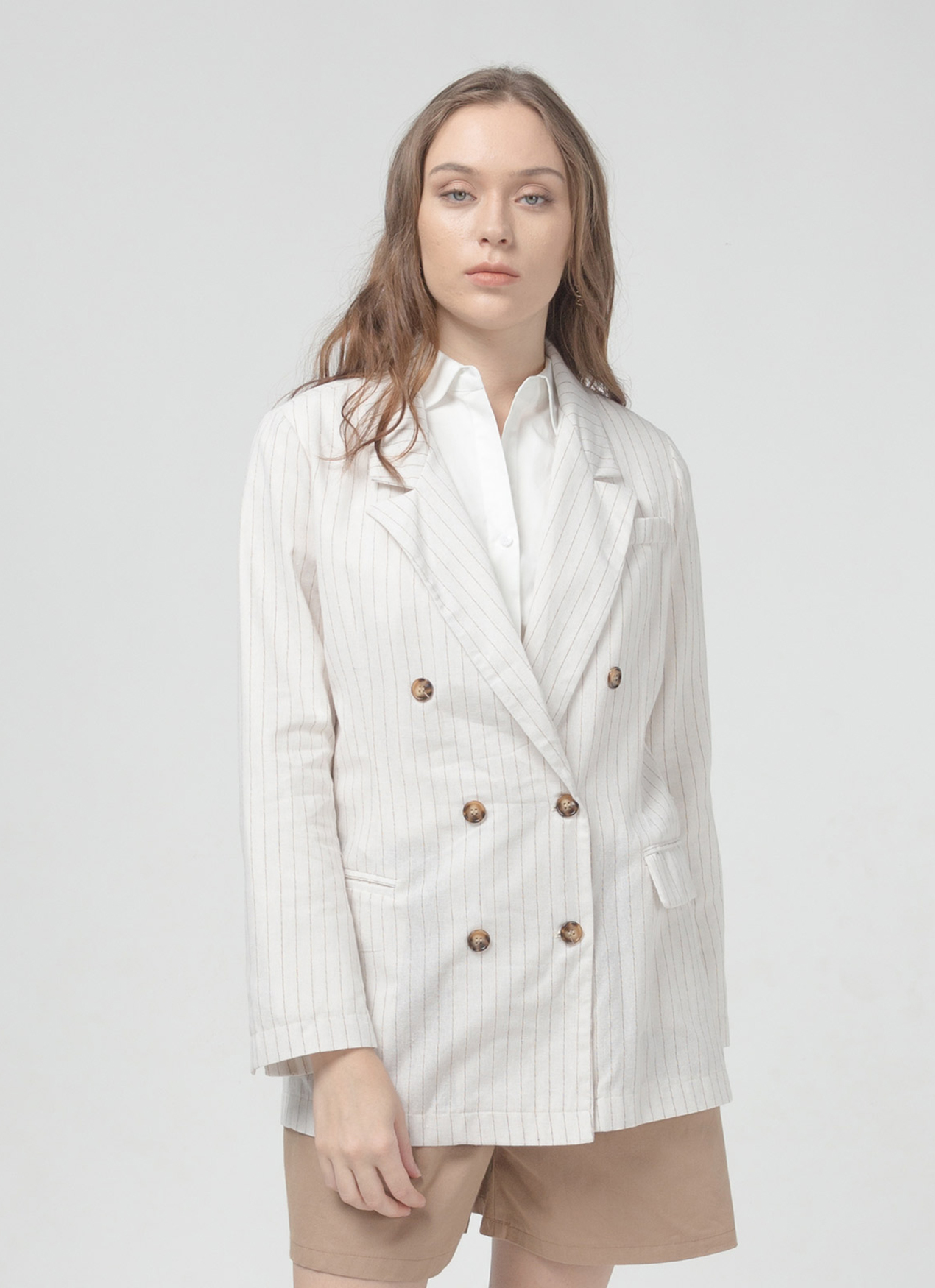 #PopbelaOOTD: Blazer untuk Kesan Vintage & Timeless