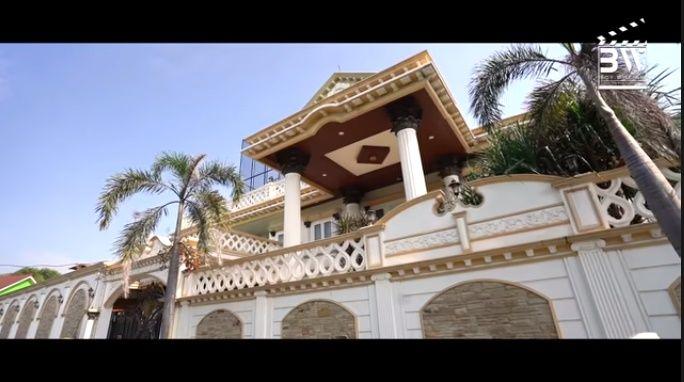 Bukan Rumah, Inilah 20 Potret Istana Sule, Sang Komedian Kaya Raya