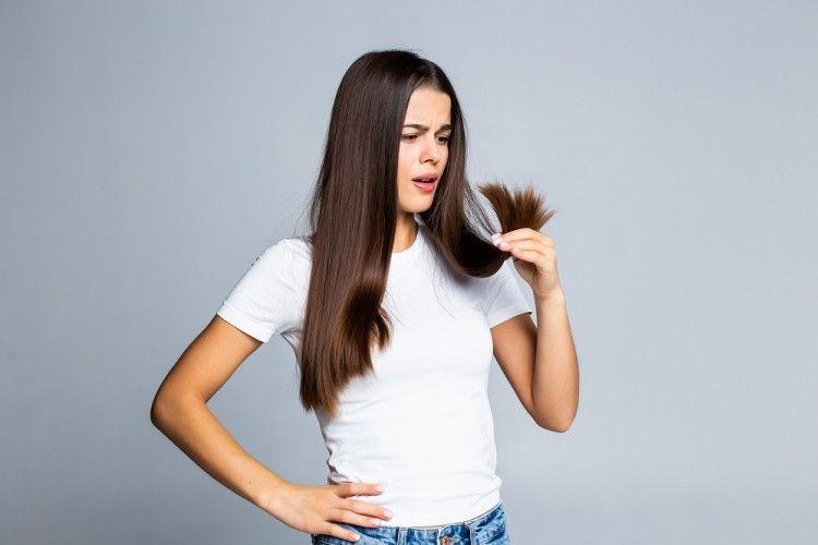 Mengatasi Rambut Rontok dengan 5 Bahan Dapur Alami, Berani Coba?