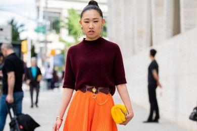Tips Memakai Outfit Warna Cerah, Dijamin Makin Pede