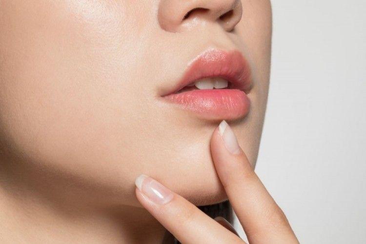 Bibir Lembap dan Ternutrisi dengan 7 Rekomendasi Lip Serum