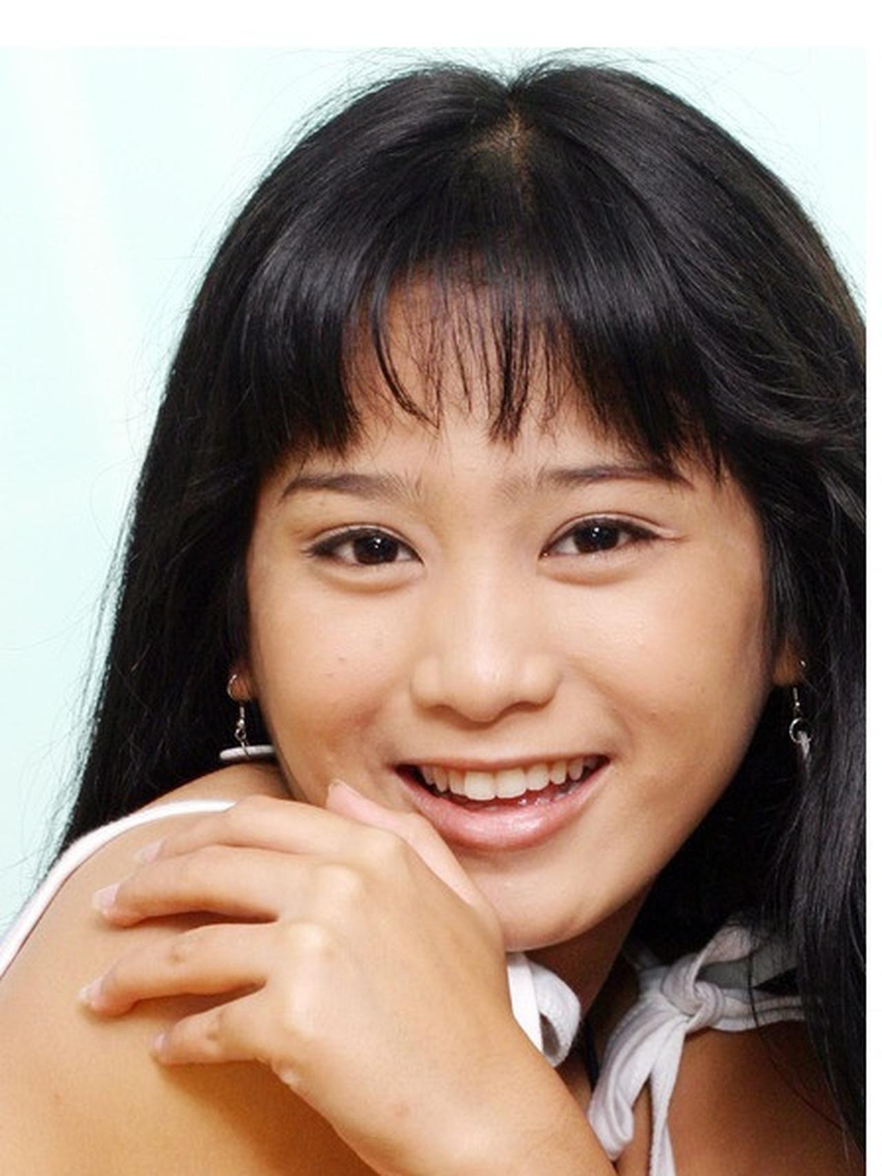 Intip Transformasi Gaya Bunga Zainal dari Masa ke Masa, Makin Glamor!