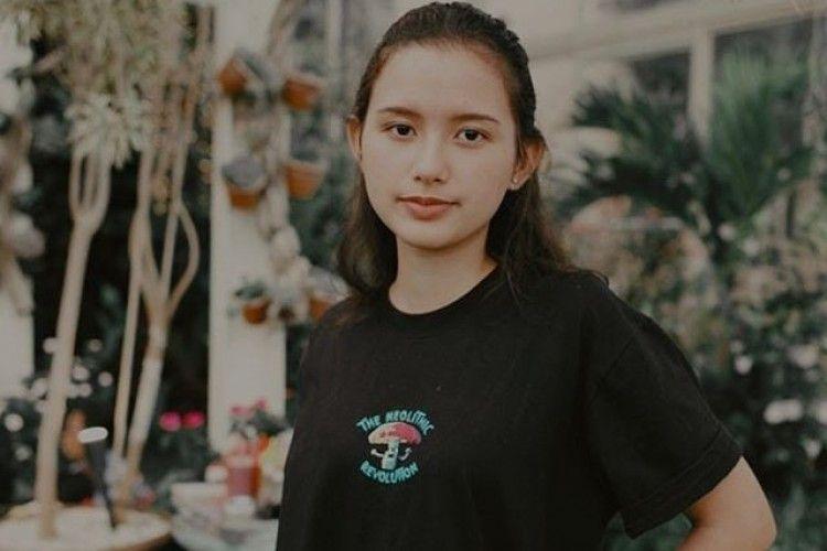 Begini Gaya Sarah Menzel, Kekasih Baru Azriel Hermansyah
