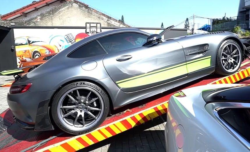 Diragukan Raffi Ahmad, Andre Taulany Pamer Koleksi Mobil Mewah Rp60 M!