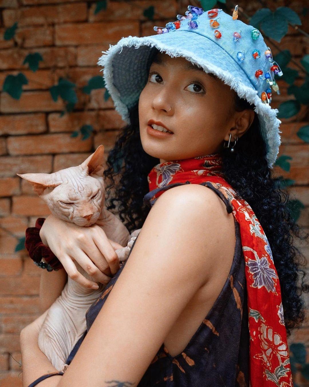 Pesona 7 Artis Indonesia Pemilik Kulit Eksotis, Gayanya juga Modis!