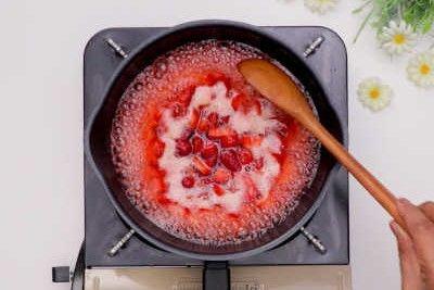 Resep Homemade Korean Strawberry Milk
