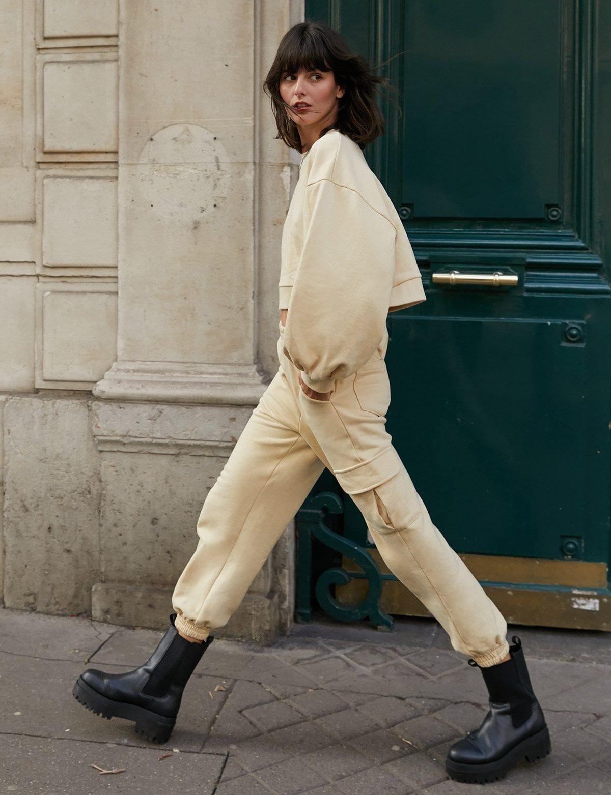 Tips Padu-padan Celana Jogger untuk OOTD Makin Kece