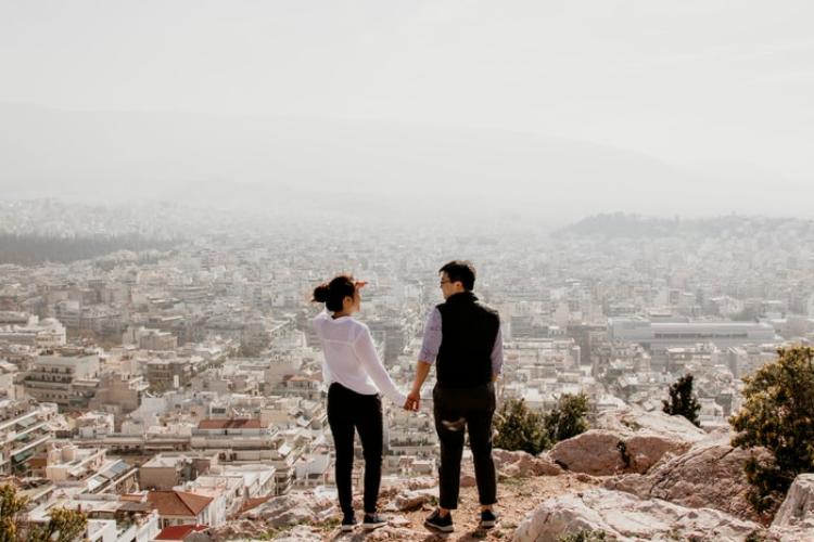 Ini Cara Pria Membuat Bahagia Pasangannya Berdasarkan Zodiak