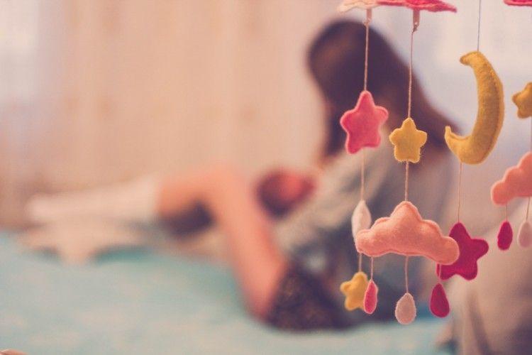 8 Arti Mimpi Menyusui Bayi, Nggak Selalu Pertanda Buruk