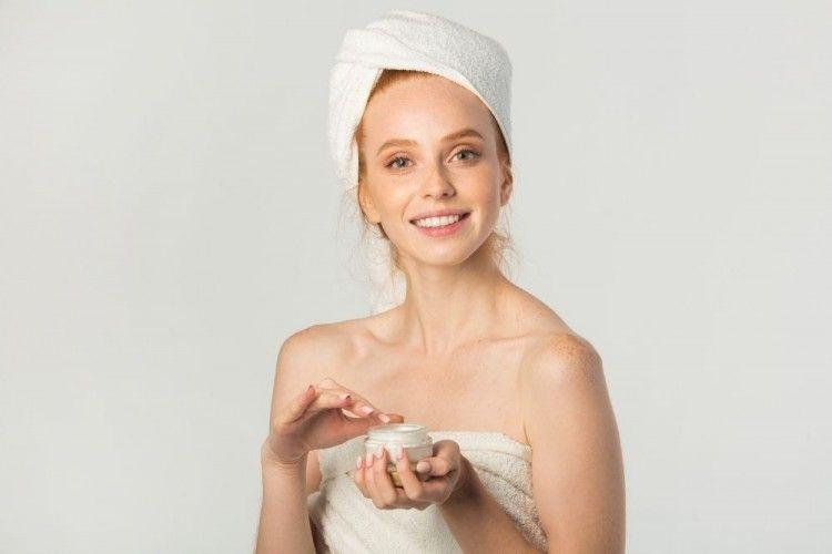 Berapa Lapis Skincare yang Harus Kita Gunakan? Ini Jawabannya!