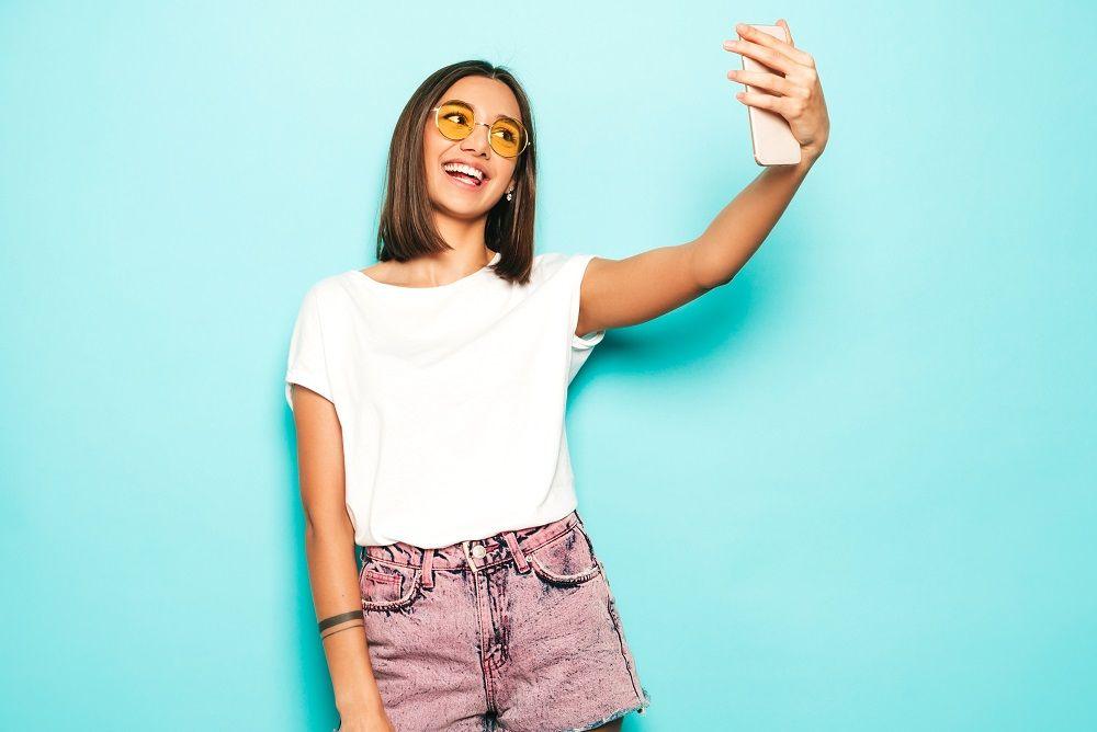Ini 5 Tips Temukan Angle Paling Pas untuk Selfie