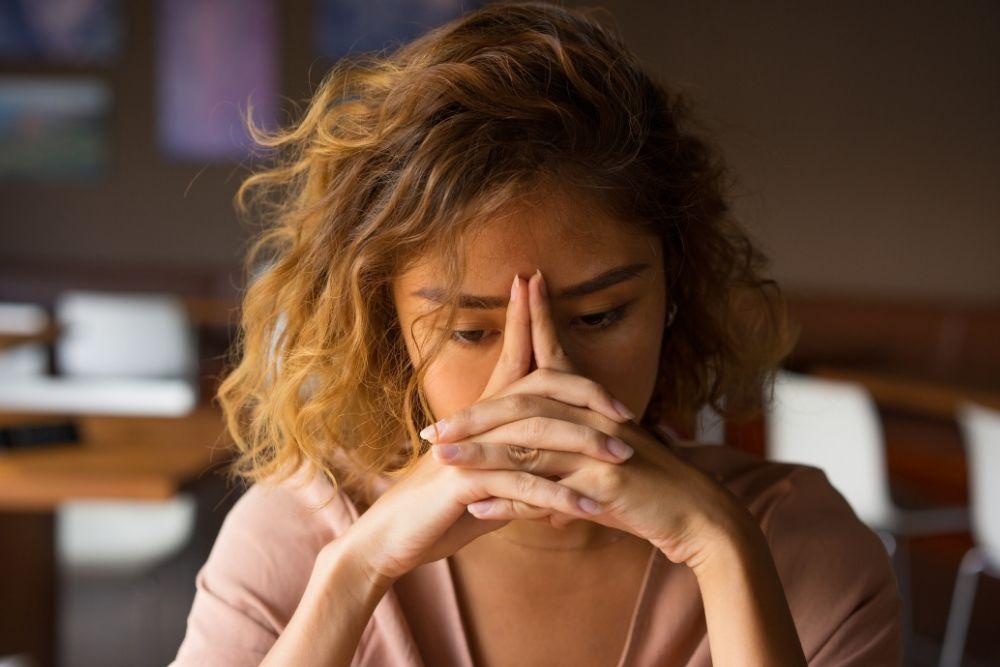 Harus Diwaspadai, Ini 7 Faktor Utama Penyebab Ubanan di Usia Muda