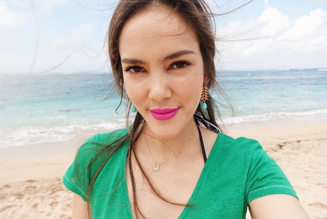 Sukses dengan Bisnis Makeup, Begini Transformasi Cathy Sharon