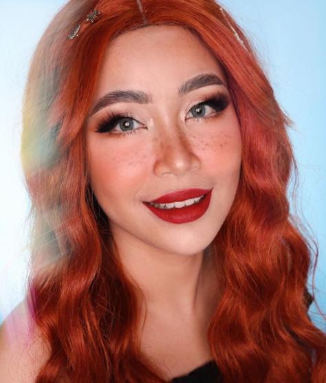 5 Inspirasi Makeup Irma Farez yang Bisa Kamu Ikuti
