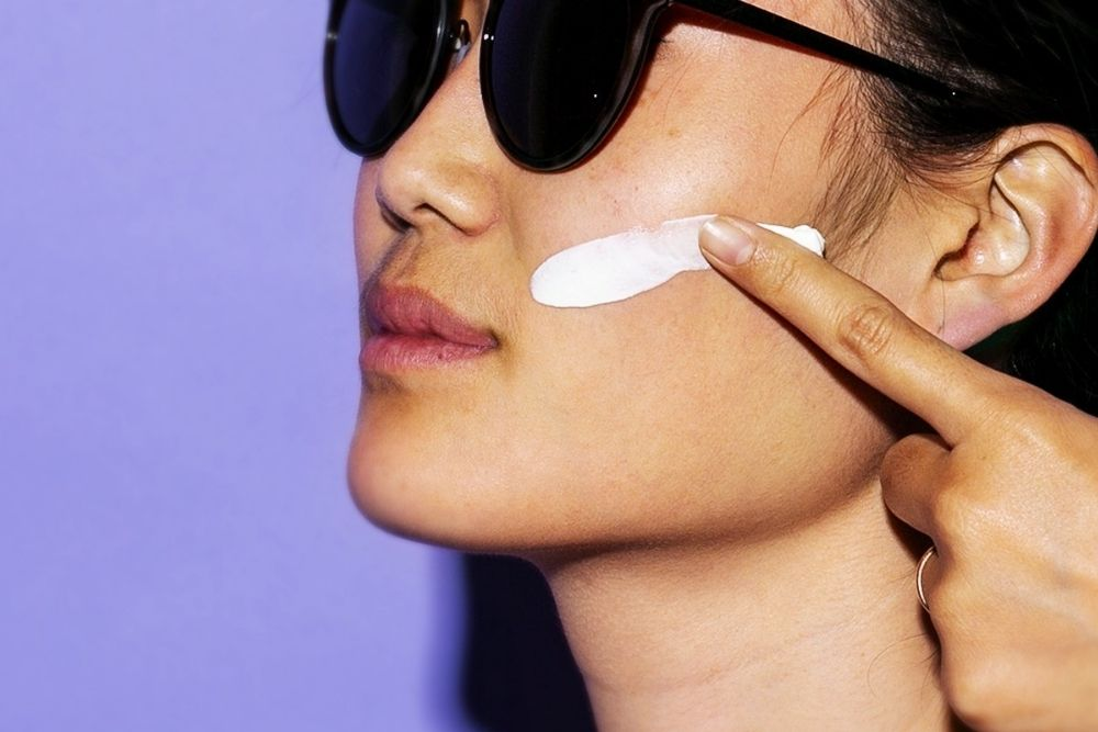 5 Tips Memilih Sunscreen untuk Kulit Berminyak, Wajib Tahu!
