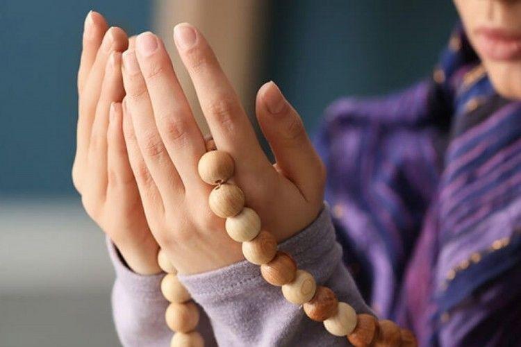 Hadapi Kesulitan? Ini 3 Doa Meminta Kemudahan dan Kelancaran Urusan