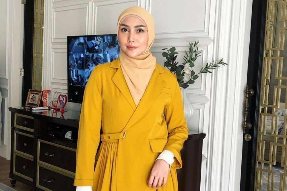 Bikin Cowok Ngefans, Intip 7 Pesona Seleb Berdarah Palembang