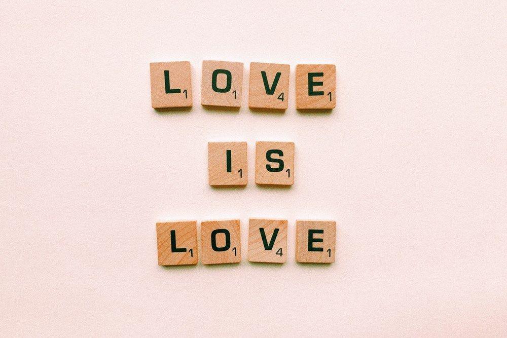30 Quotes Cinta Buat Kamu yang Lagi Kasmaran