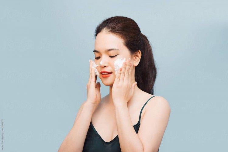 7 Rekomendasi Sabun yang Bikin Wajah Kusam Jadi Lebih Cerah