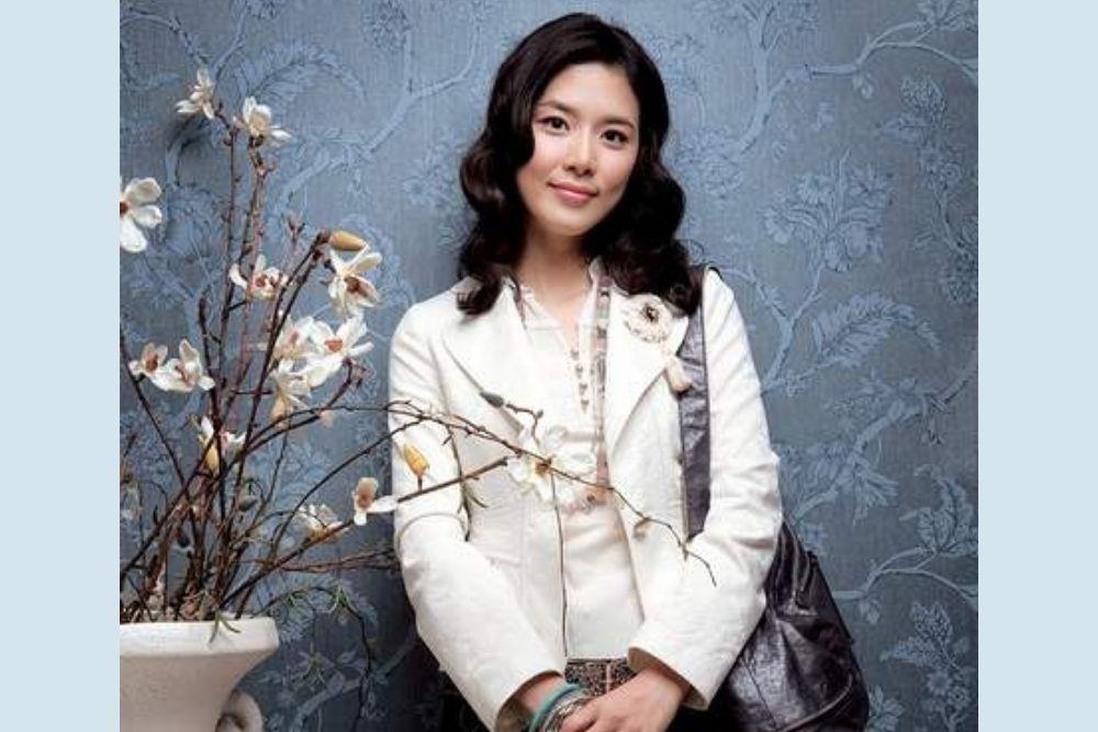 Transformasi Lee Bo Young, Awet Muda di Usia 41 Tahun