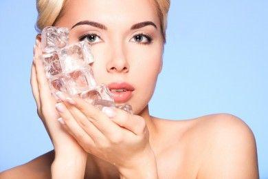 5 Manfaat Es Batu Kecantikan, Nggak Nyangka Bikin Awet Muda