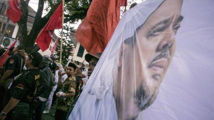 Baru Sepekan Tiba, Ini 5 Kegiatan Kontroversial Rizieq di Indonesia