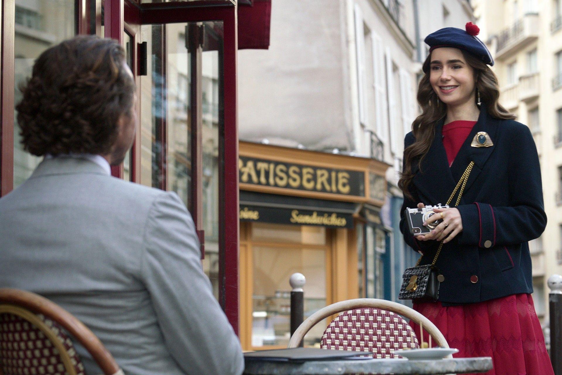 6 Pelajaran Berharga dari Serial Emily in Paris untuk Kariermu