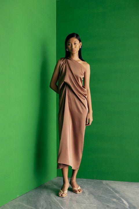 #PopbelaOOTD: Kumpulan Midi Dress Manis di Bawah 500 Ribu