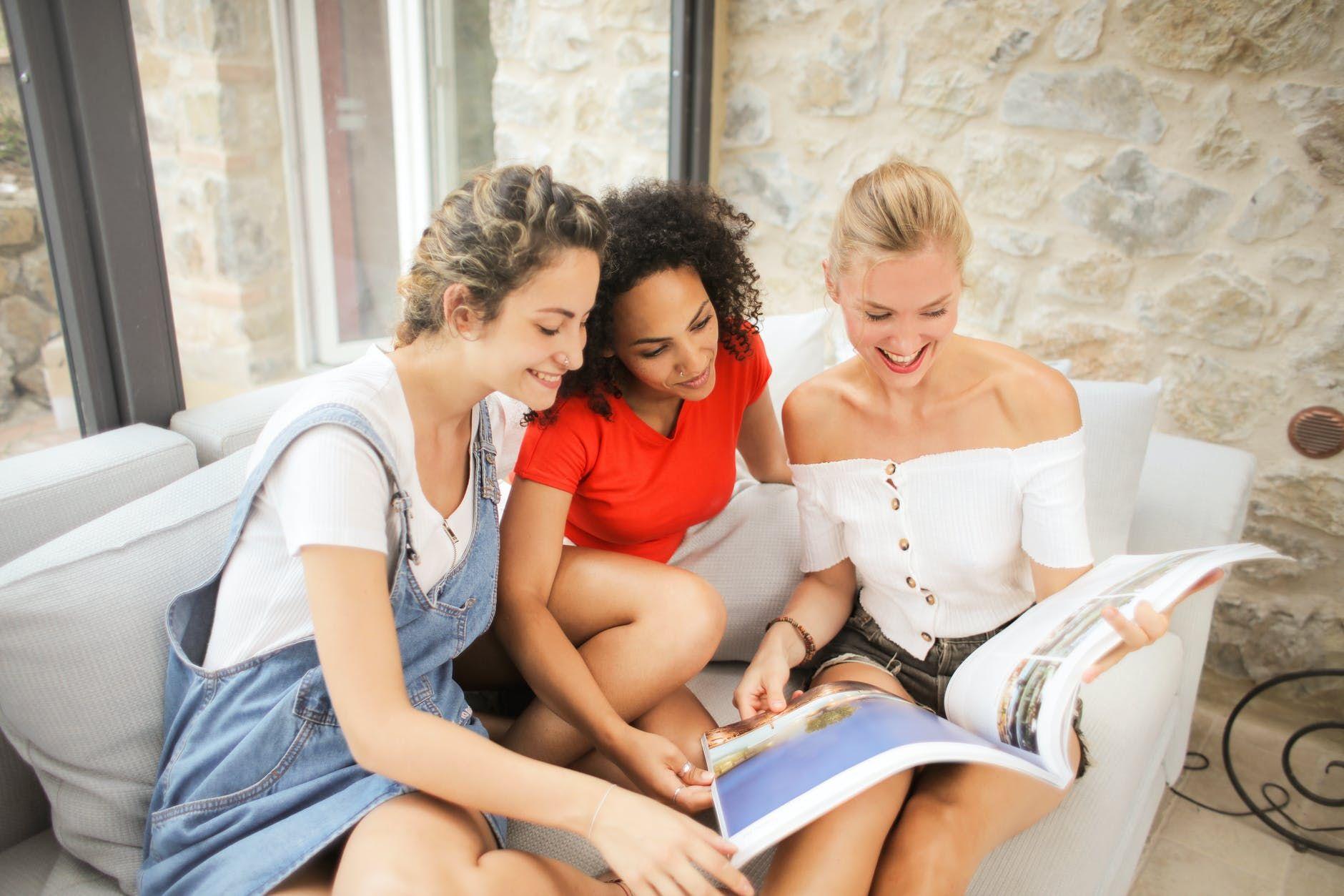 6 Sifat Perempuan yang Bikin Laki-laki Terpikat