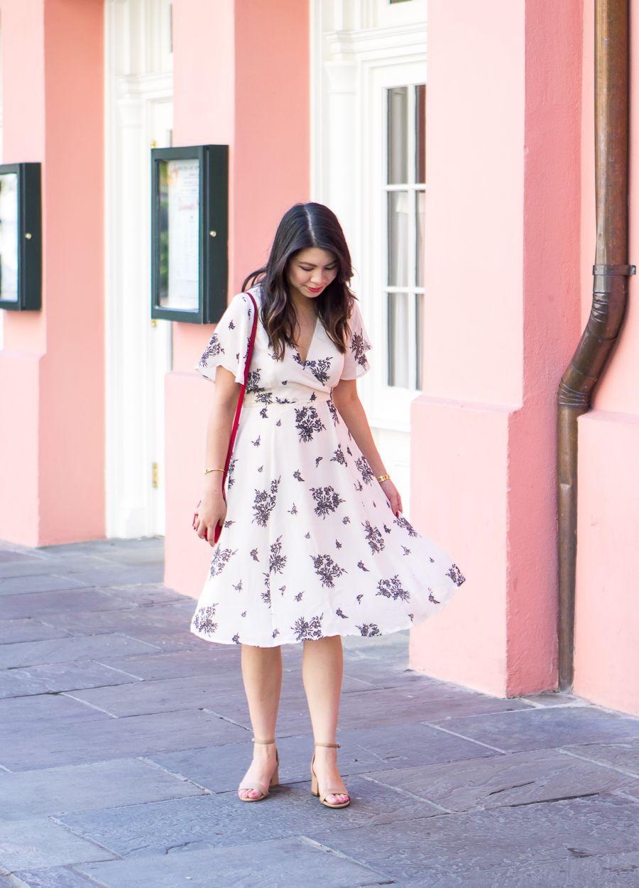 Ini Model Dress yang Cocok untuk Betis Besar