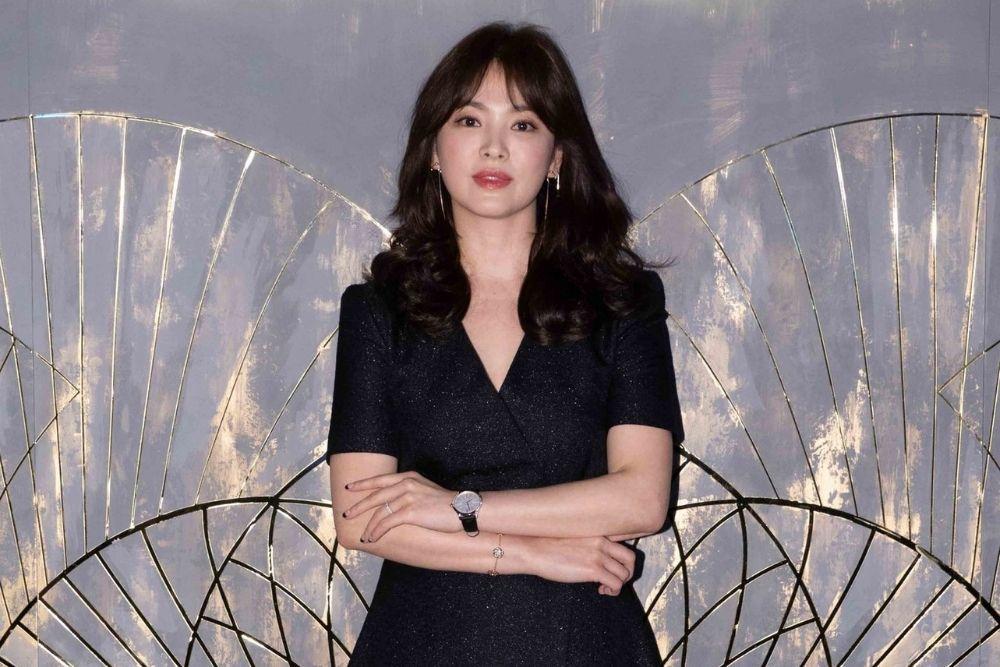 Kulit Makin Kencang di Usia 39 Tahun, Intip Transformasi Song Hye Kyo